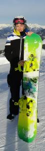 "<img src=""snowboarder.jpg"" alt=""sports protective gear"">"