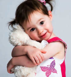 "<img src=""child holding cuddly toy.jpg"" alt=""how to reduce obesity in children""/>"